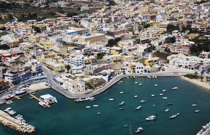 Baglioni fa pace con Lampedusa
