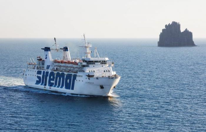 Orario della tratta Milazzo - Eolie - Napoli